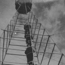 Image of 6641 - Climbing Skymount Tower
