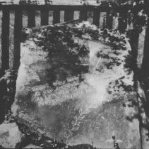 Image of 6722 - James Watson's grave marker