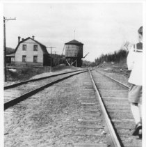 Image of 2812 - The section man's house and water tank at Brule Lake station.