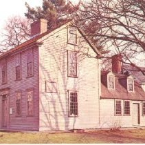 Image of Postcard of the Hancock-Clarke House, Exterior - 2016.041-9