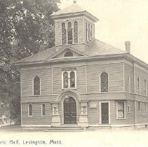 Image of Postcard of the Historic Hall in Lexington - 2016.043-2