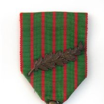 Image of Stanley Hill's Croix De Guerre Medal from World War I - 11859-9