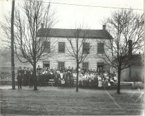 Image of Large group of people in front of home of Ben & Sally Utz, Georgetown area