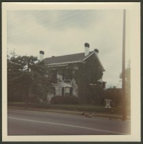 Image of Marshel House at 1209 E. Main in New Albany, Ind.