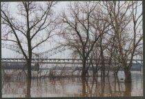 Image of Floods at Sherman Minton Bridge in New Albany, Ind, 2002 - Floods Bridges