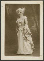 Image of Singer Mary Elizabeth Cheney, New York, NY, ca. 1910 - Singers Women Costumes