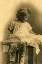 Image of Helen Seaman - Children Portraits