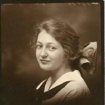 Image of Julia Grekila
