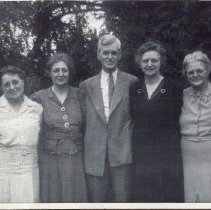 Image of (Grekila?) family picture of aunts, uncle and grandmother