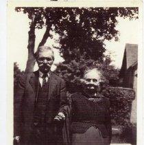 Image of Mattias Grekila and his sister