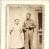Image of Unidentified Man and Woman - Julia Rucker Crisler