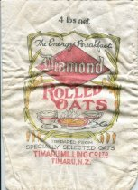 "Image of Bag, Oats - Cotton bag for rolled oats. Printed on the bag is ""4lbs net The Energy Breakfast Diamond  Rolled Oats Prepared from  specially selected oats Timaru Milling Co Ltd Timaru, NZ""