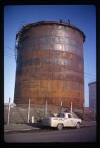 Image of [New Shell Oil storage tank, Timaru Harbour] -