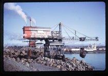 Image of [Steam crane, Timaru Harbour] -