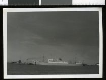Image of ['Port Fairy' and 'Dredge 350'] -
