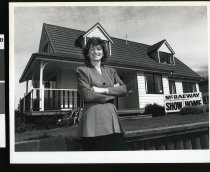 Image of Raewyn Bell - Timaru Herald Photographs, Personalities Collection