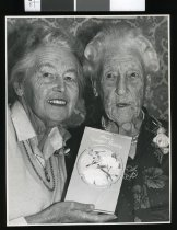 Image of Winifred Fagan (right) & daughter Madge Kilgour