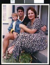 Image of Josh, David (centre), & Catherine Hunter  - Timaru Herald Photographs, Personalities Collection