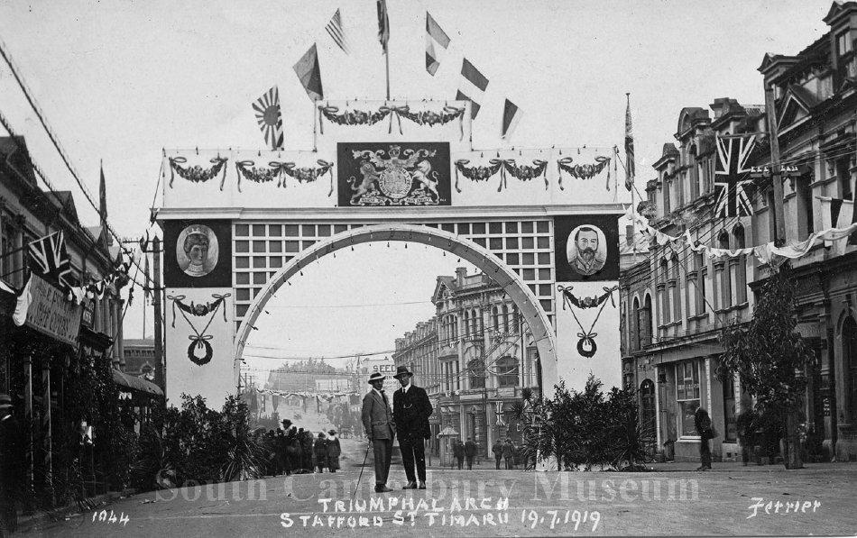 1044 Triumphal Arch Stafford St Timaru 19.7.1919 - South Canterbury Museum