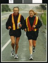 Image of Alan Murray and Janette Murray-Wakelin, runners - Timaru Herald Photographs, Personalities Collection