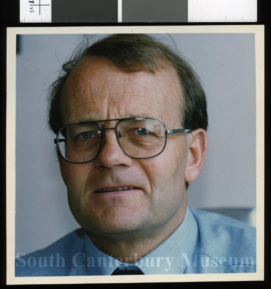 Dr Ian O'Loughlin - Timaru Herald Photographs, Personalities