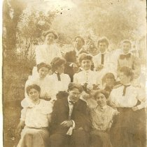 Image of Group Photograph on the day Harriet Simmons Was Married, May 11, 1905 - 2009.1.189