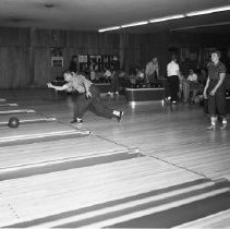 Image of Bemidji Bowl - Bemidji Bowl, 2317 Bemidji Avenue, Bemidji, 1960. Vernon and Mrs. Mildred Kiskelby (owners).
