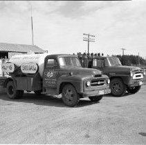 Image of L & G Skelgas, Bemidji, 1960 - L & G Skelgas, Bemidji, June 1960
