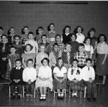 Image of J.W. Smith School, Bemidji, Class - J.W. Smith School, Bemidji Class, February 24, 1960