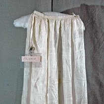 """Image of 06.05.18 - Cream silk skirt goes with bodice #06.05.17.  Measures 36"""" long with 6 gores.  7 """" Side placket closing with snap at waist."""