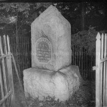 Image of Photo0021.jpg - Turner Ashby Monument off Port Republic Road, Harrisonburg, VA