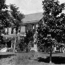 Image of Photo0185.jpg - Lethe:  a large brick house