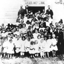 Image of Photo0186.jpg - Group of people in front of Mabel Memorial Chapel