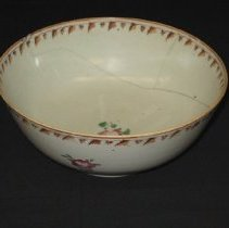 Image of Chinese Export Porcelain Punch Bowl
