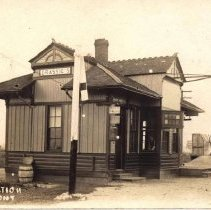 Image of H+B R.R. Station, Grassie, Ont