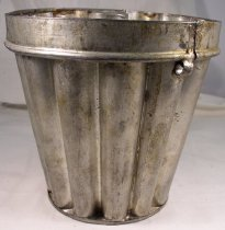 Image of Pudding mold