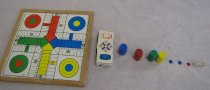 "Image of Board with Parchis side and ""A-J"" from left to right respectively"