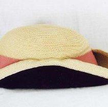Image of 1994.121.005 - Hat