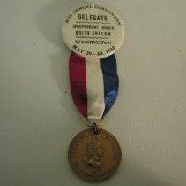 Image of 1995.209.023 - Badge