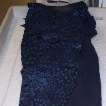 Image of 2007.049.003 - Dress