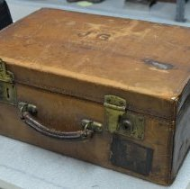 Image of 1996.163.001 - Suitcase