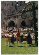 Image of Fiddlers and midsummer pole, 1988?