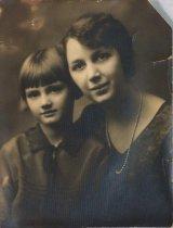 Image of Hulda Anderson Marsh and daughter Doris Marsh, undated