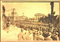 Image of Crowd outside Minnesota State Capitol, undated