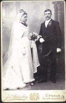 Image of L.P. Bergström & alida M. Bergström wedding portrait, Sweden, undated