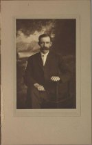 Image of Unidentified portrait, Minneapolis, MN, undated