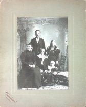 Image of Swen, Tilda, Emil, Hilma, & Raymond Berglund, 1898
