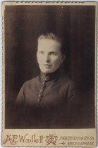 Image of Unidentified woman, undated, Woollett Photographer