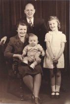Image of Bror Herbeck & family, St. Paul, MN, undated
