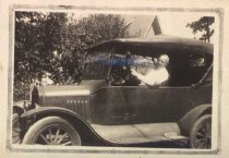Image of Photograph of Albin Gustavsson family member in automobile